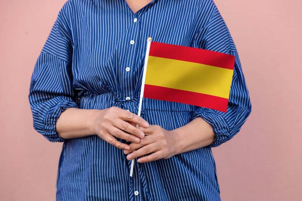 Guide to legalizing your situation in Spain
